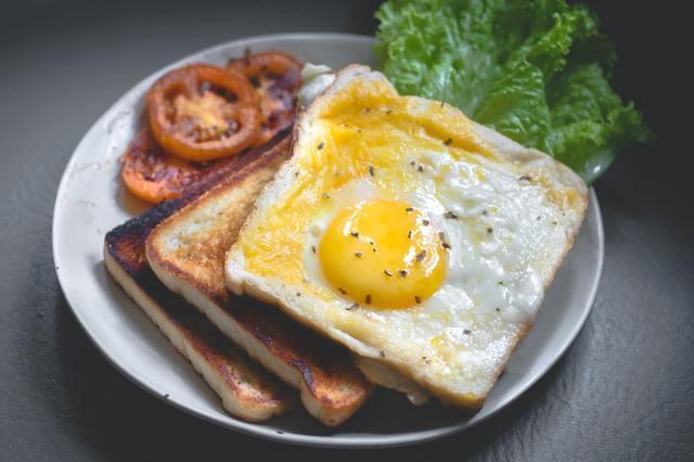 【悲報】一人暮らし民って朝食どうしてるんや?→結果・・・・・・・・・・・・・・・・・・・・・・・