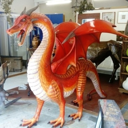 Side view of Red Dragon Large