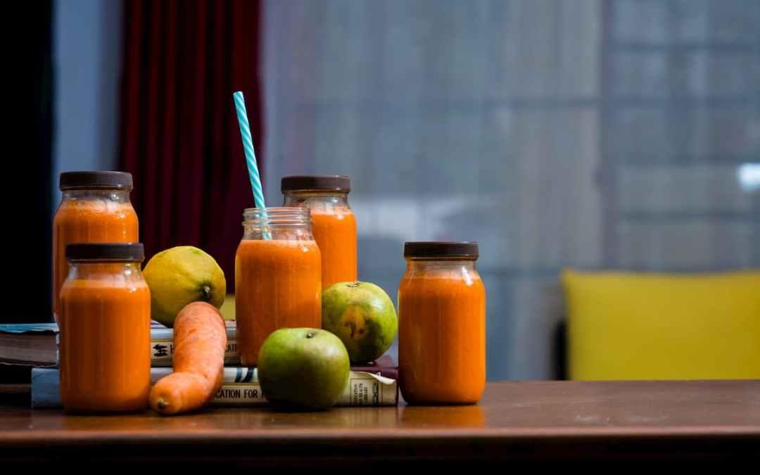 每天來 1 杯紅蘿蔔蔬果汁,讓你不再面有菜色!