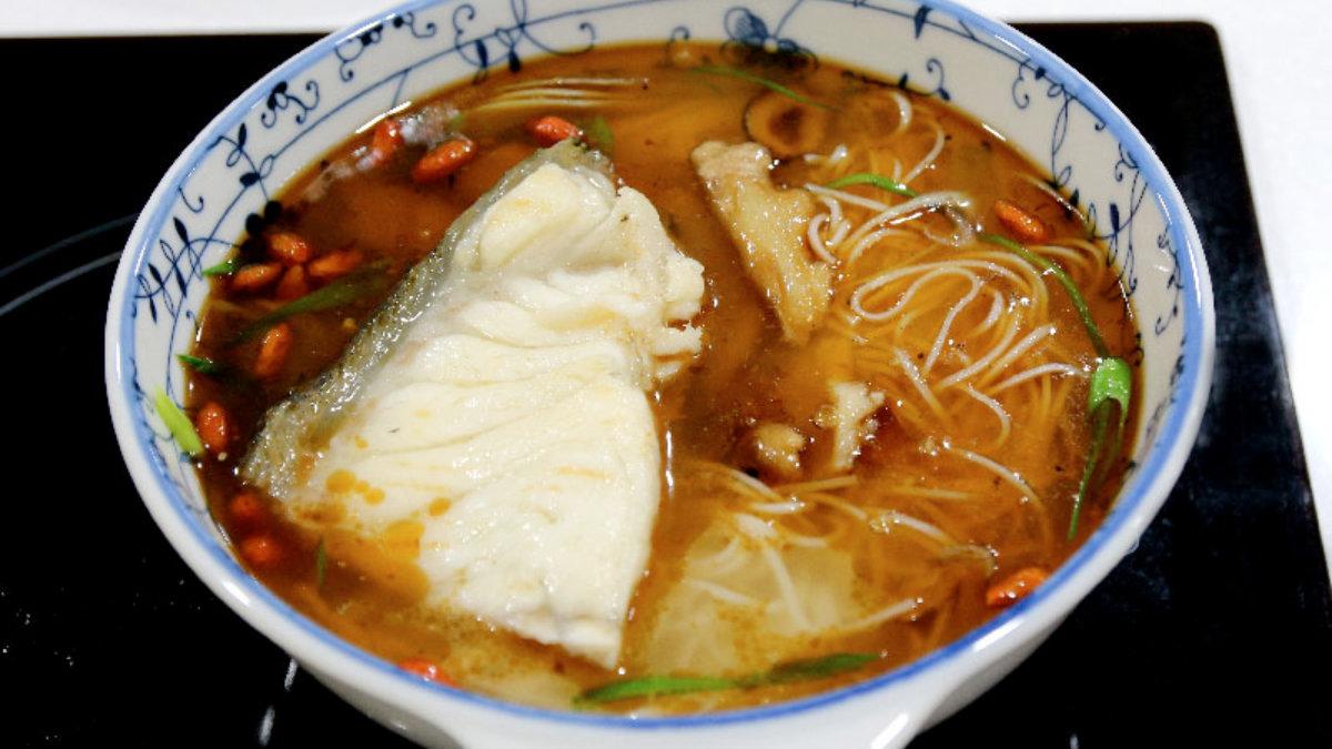 麻油龍膽麵線煲-龍膽石斑魚