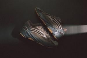 "Maa toonides uus adidas Yeezy Boost 700 V2 ""Geode"""