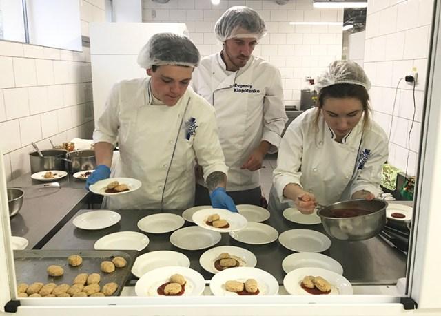 За меню для школярів серйозно взявся шеф-кухар Євген Клопотенко - 149aad0 klopotenko evhen2