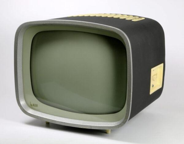 Horst Giese a Jurgen Peters TV set Alex 1957 58 e1615832344882