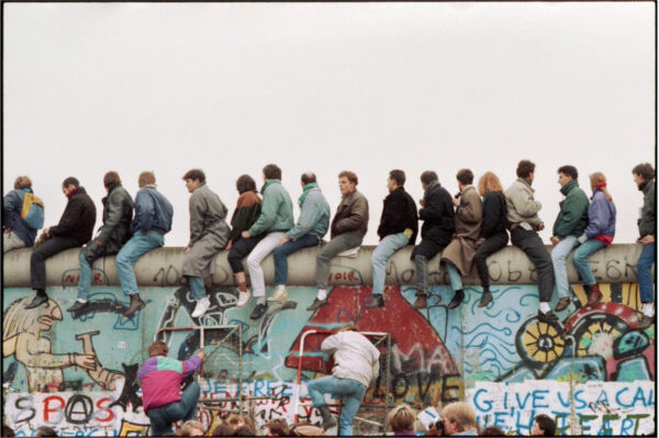 Pad berlinske zdi 1989 e1615832290370