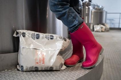Pink boots_V