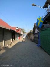 The path to Loh Dalum Beach