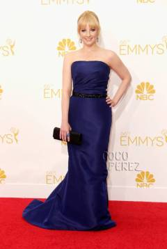 emmys-emmy-awards-2014-melissa-rauch-red-carpet__oPt