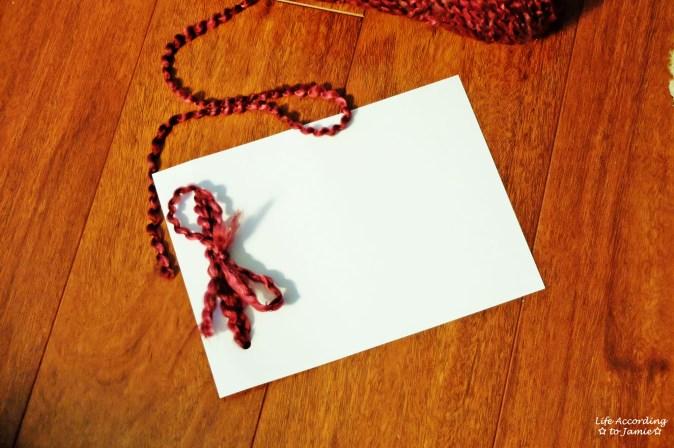 DIY Yarn Valentine's Day Card 2