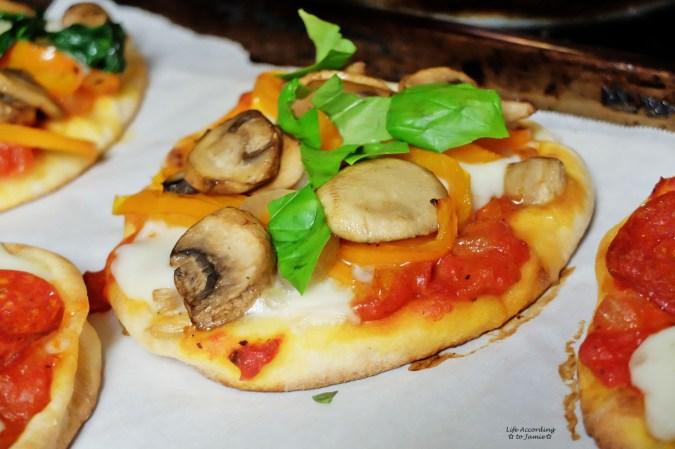 Naan Pizza 3