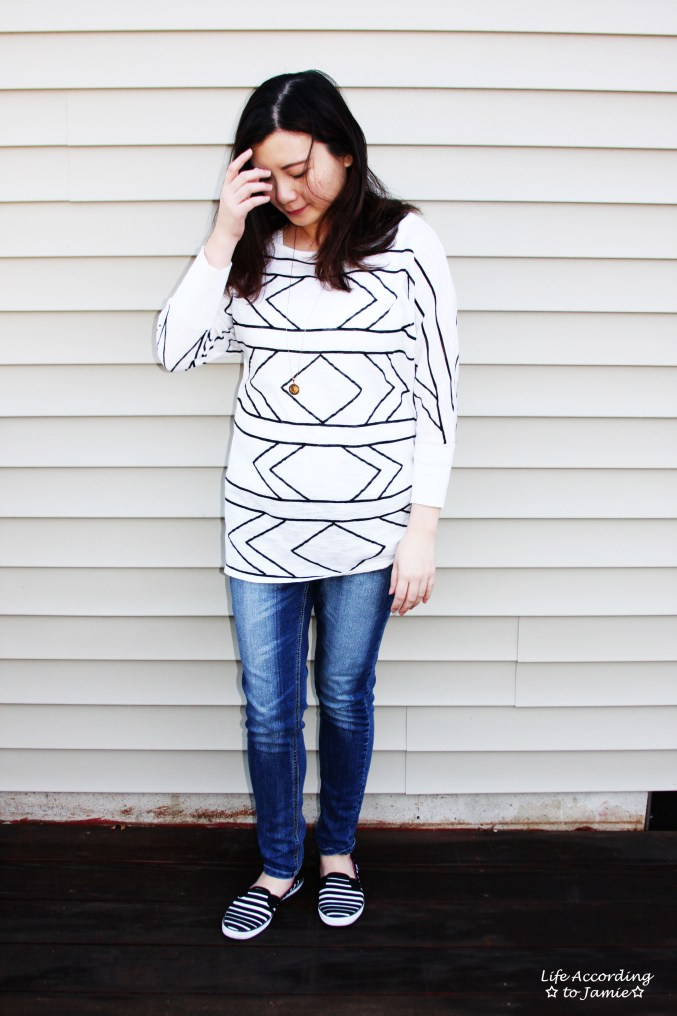 White & Black Geometric Top 1