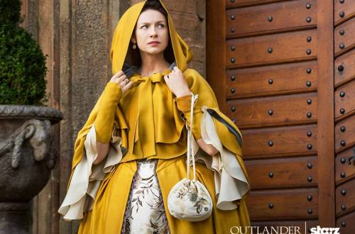 Outlander - yellow cape