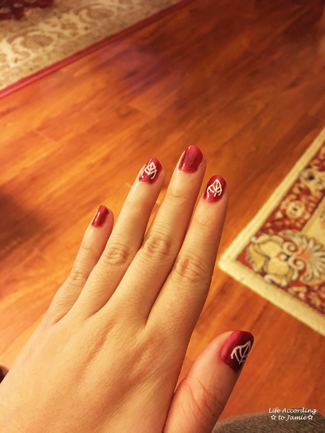 leaf-nail-design