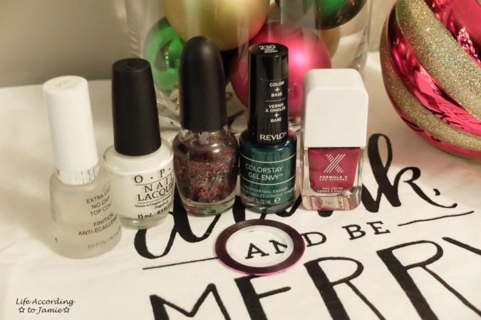 christmas-nails-polish