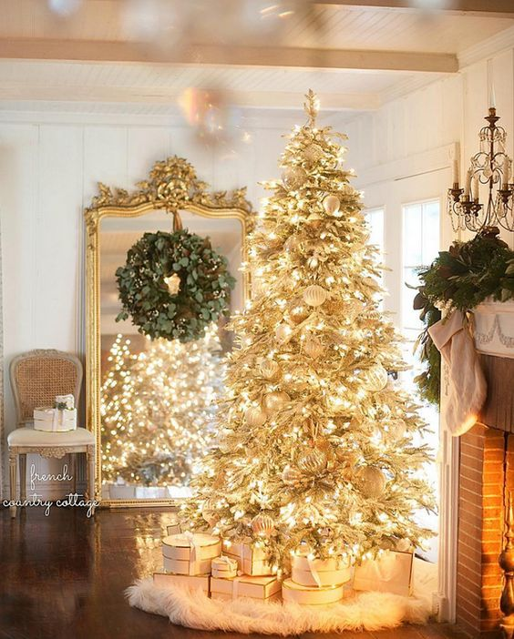 Christmas Home Decor.Christmas Home Decor Goals Life According To Jamie