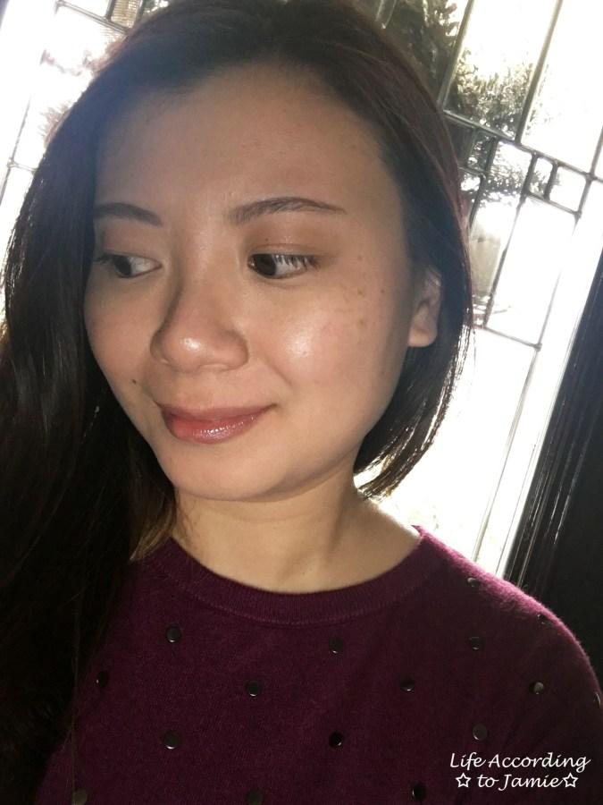 bareminerals-invisible-light-translucent-powder-duo-selfie