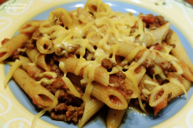slow-cooker-cheesy-beef-pasta-3