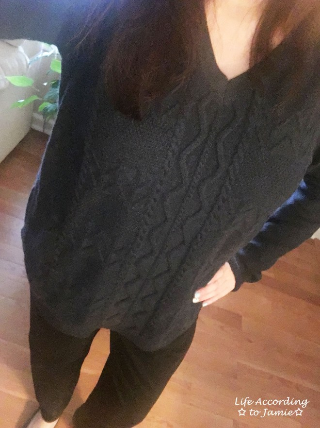 Curved Hem Cable Knit 1