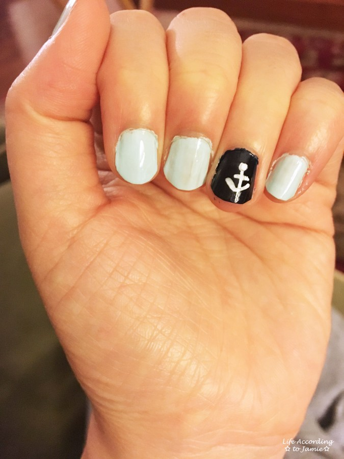 Blue & White Anchor Nail Art