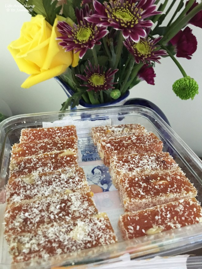 Nutty & Fruity Apricot Energy Bars 1