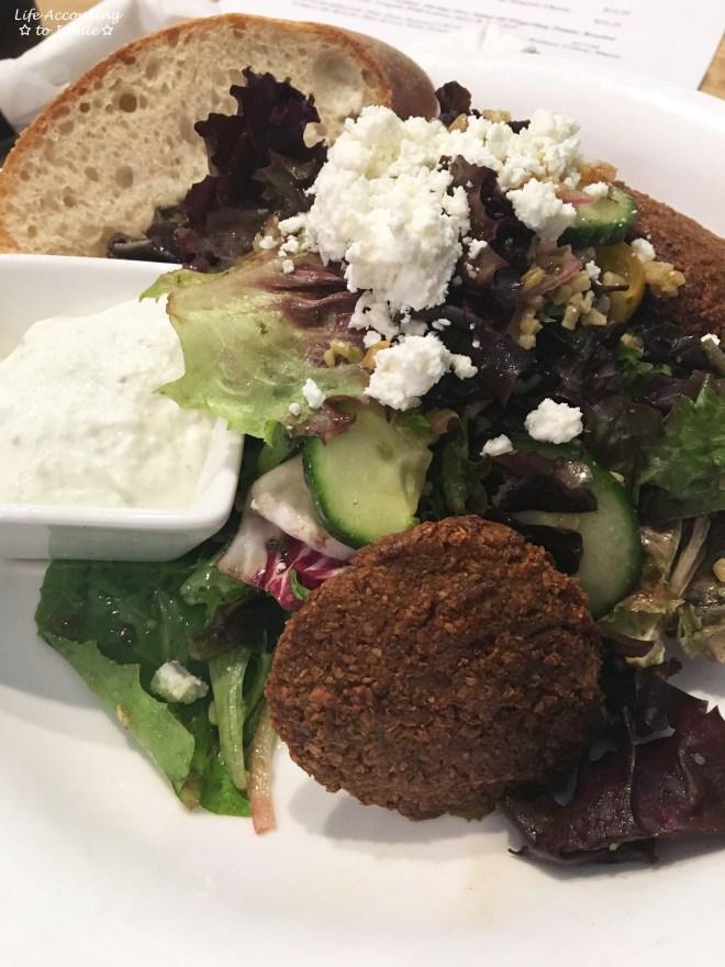 Pain d'Avignon - Falafel Salad