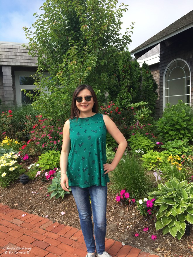 Green Floral Pleated Top