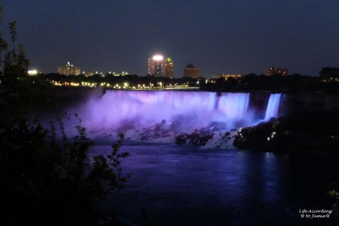 Niagara Falls - Night
