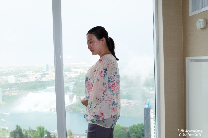Jacquard Crop Pants + Floral Kimono 1