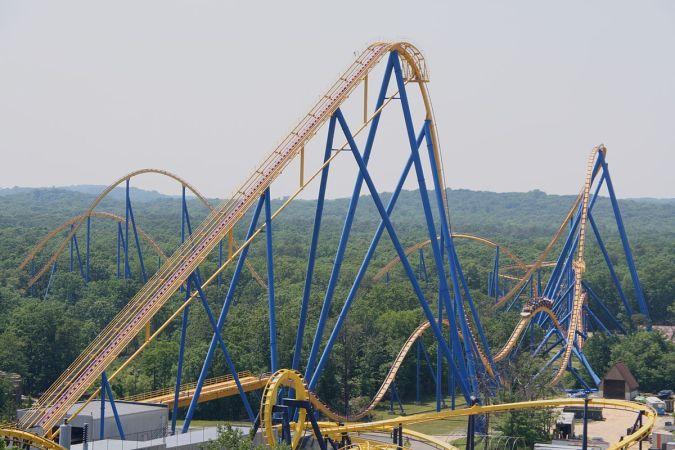 1200px-Nitro_coaster
