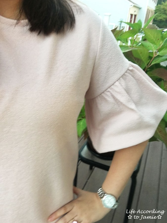 Textured Short Bell Sleeves 2