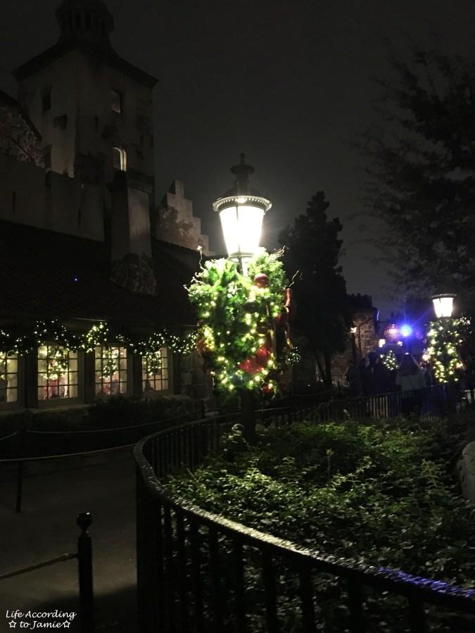 Epcot - Christmas Decorations