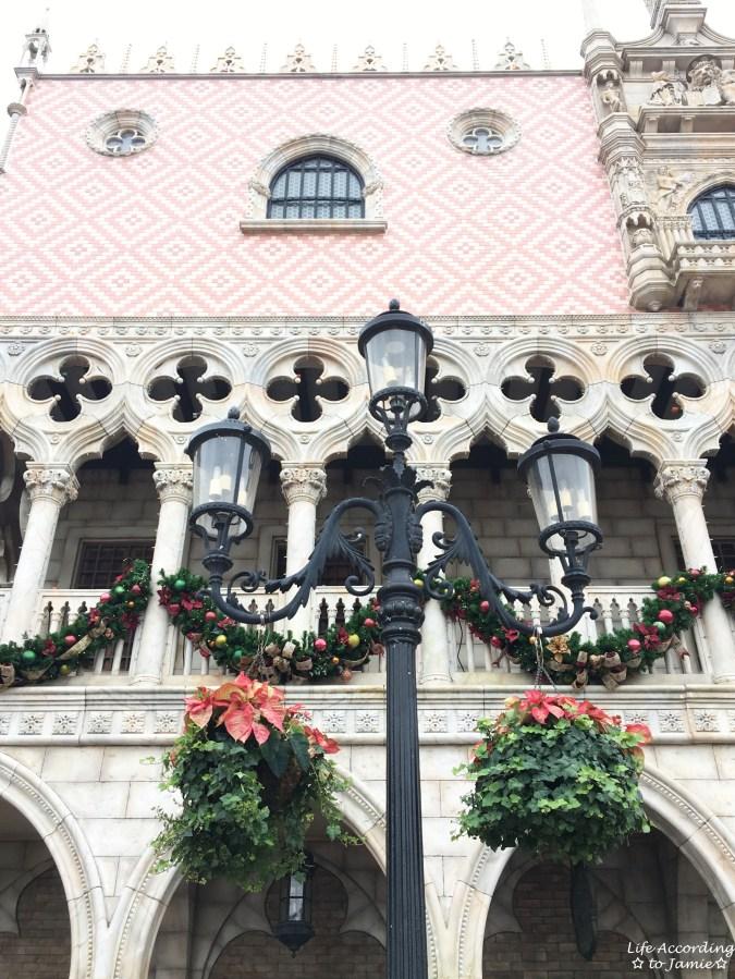 Epcot - ItalyChristmas Decorations