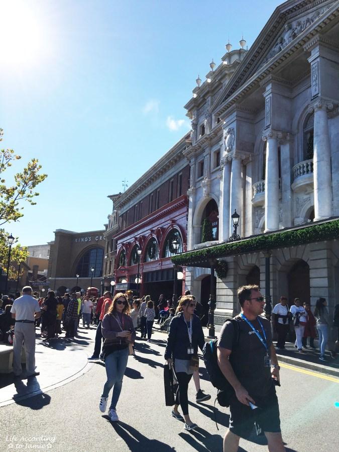 Universal Studios Orlando - Wizarding World of Harry Potter - London Facade 1
