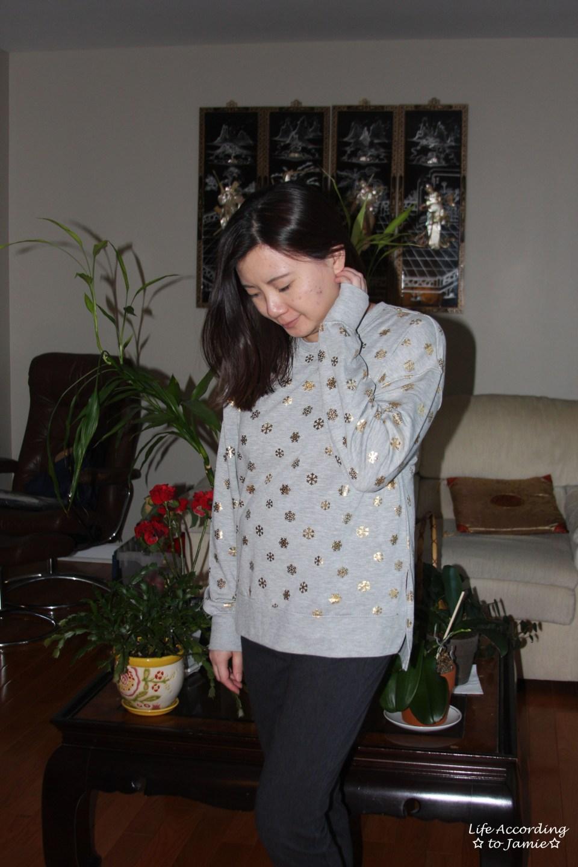 Gold Snowflake Sweatshirt 7