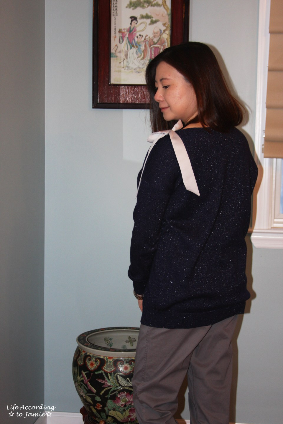 Evening Blue Bow Sweater 5