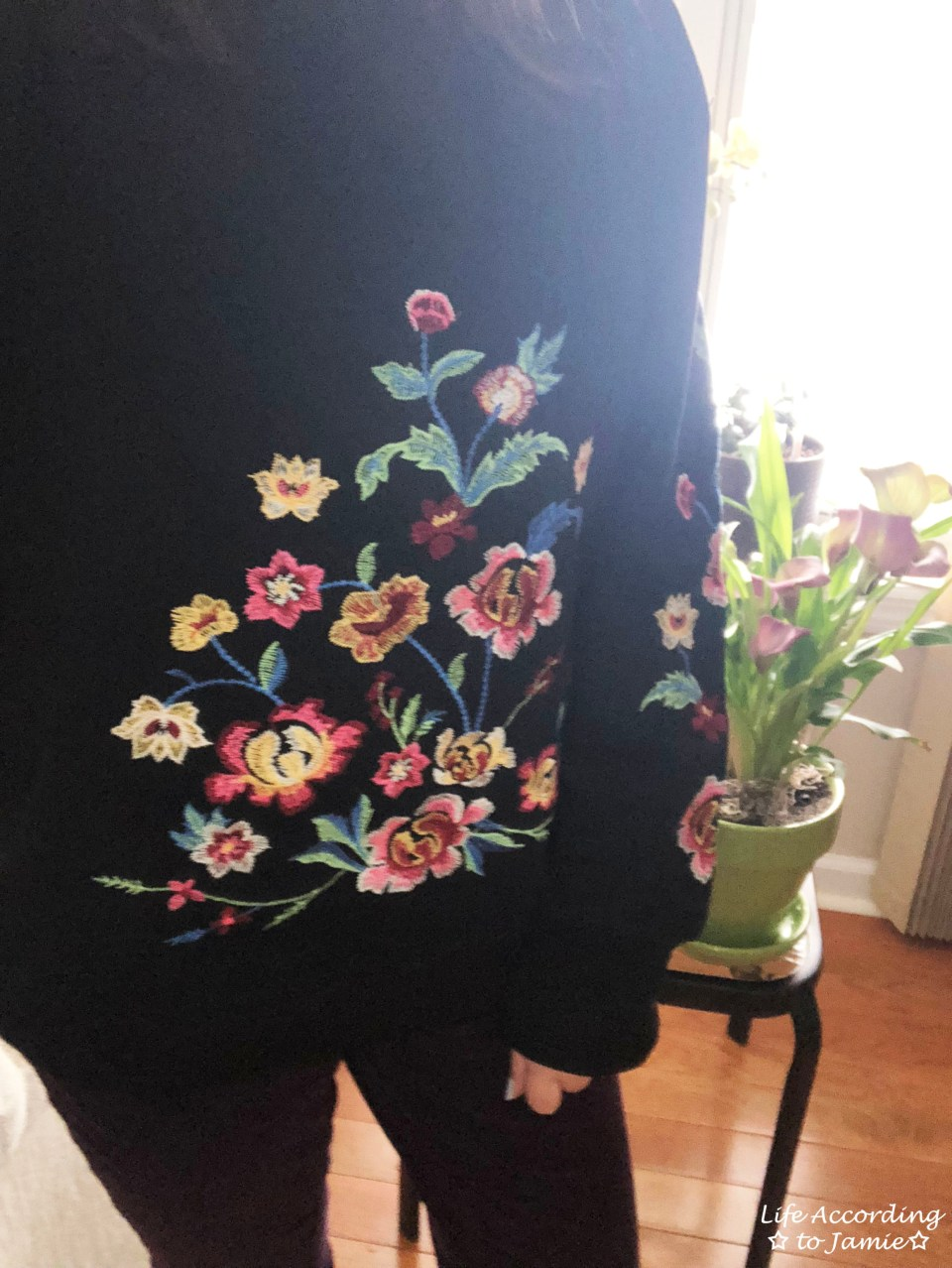 Floral Embroidered Sweatshirt 1