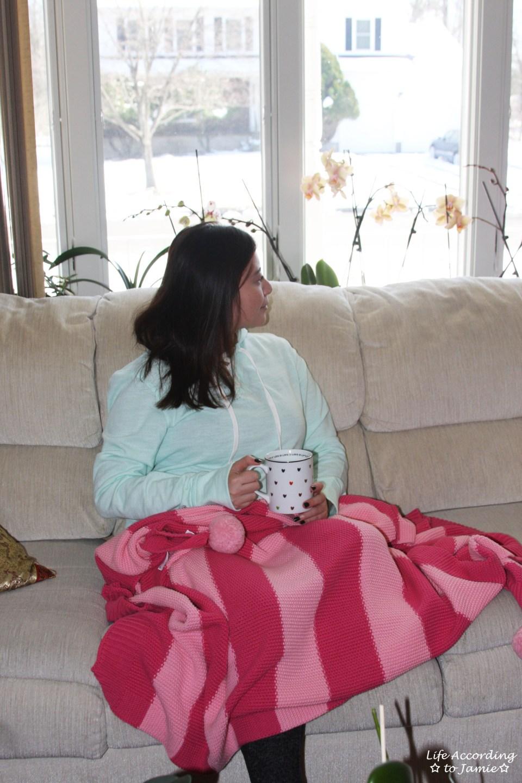 Pink pompom blanket