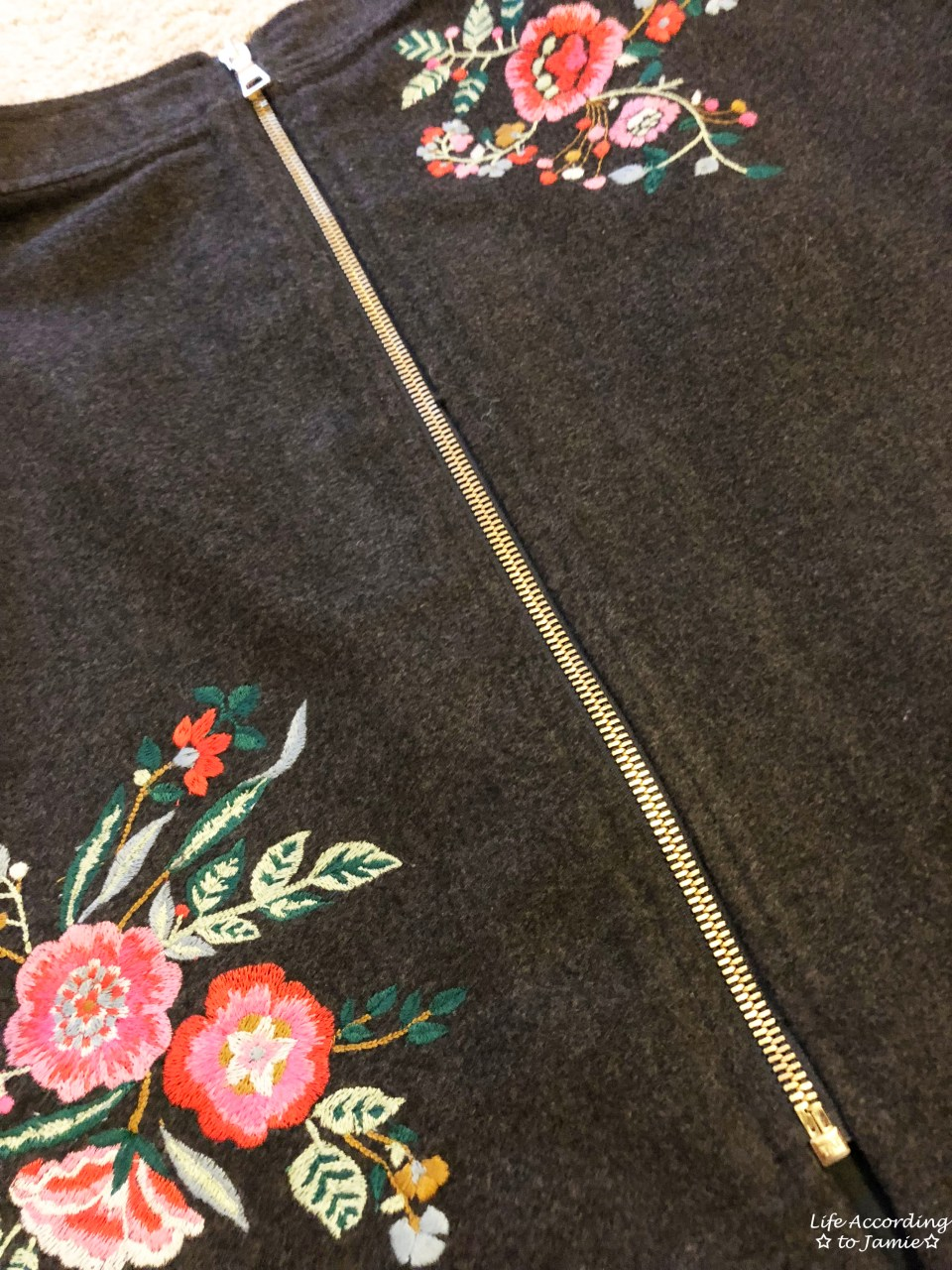 Floral Embroidered Zip Skirt 4