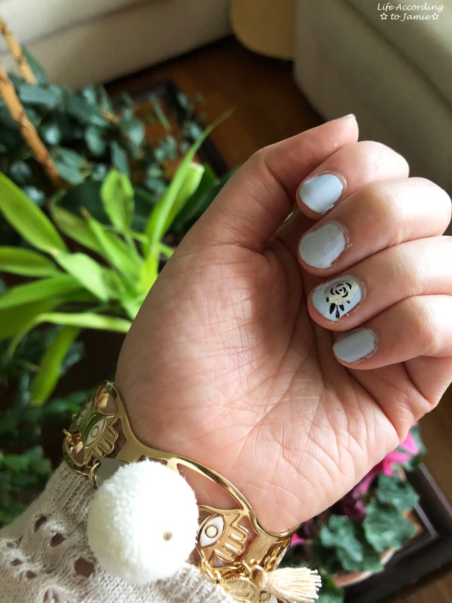 Nails - Silver Rose