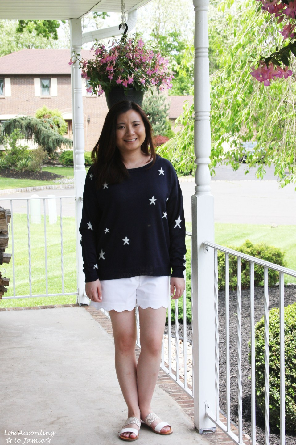 Star Sweater + White Scalloped Shorts 11