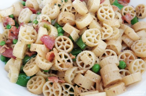 Wagon Wheel Pasta + Peas & Bacon