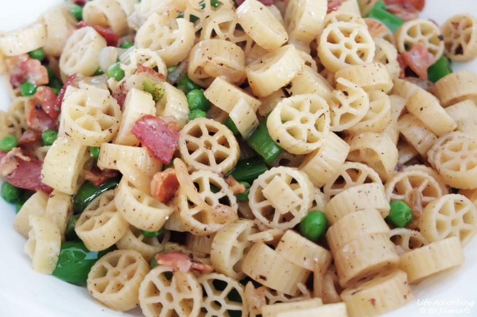 Wagon Wheel Pasta + Peas & Bacon 1