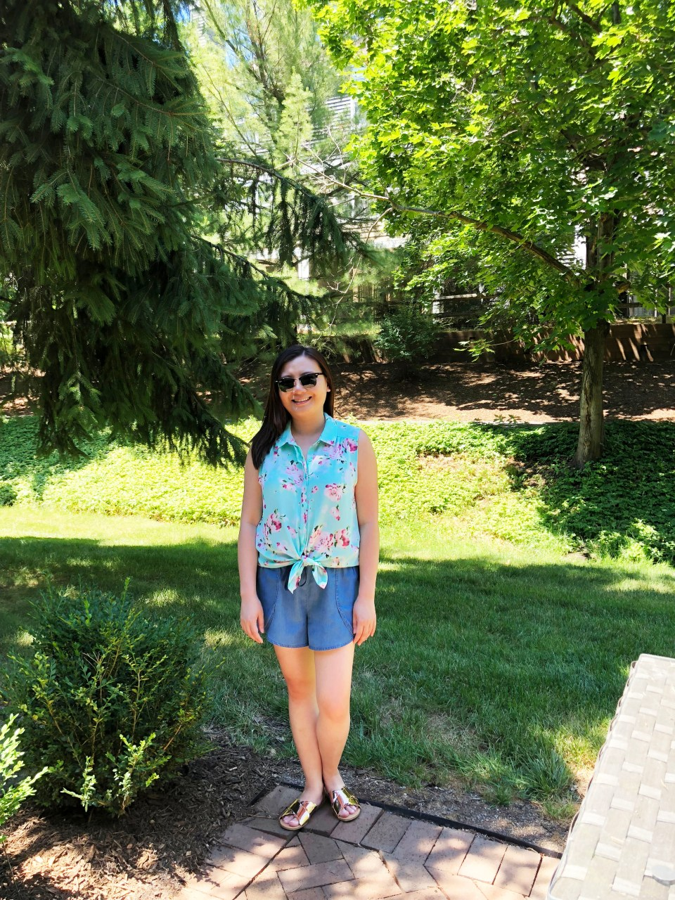 Floral Scalloped Trimmed Blouse + Tulip Shorts 1