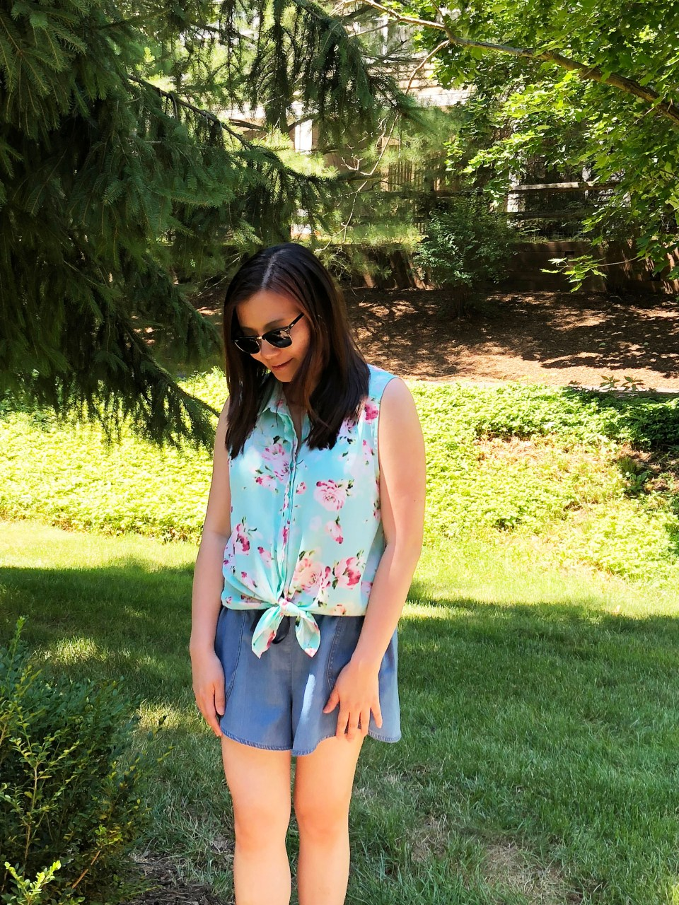 Floral Scalloped Trimmed Blouse + Tulip Shorts 5