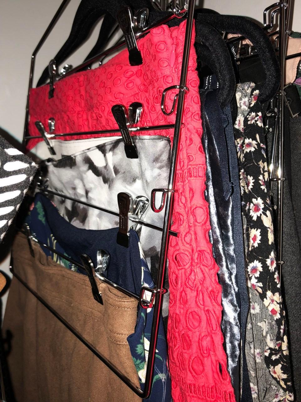 Skirt Hanger 1