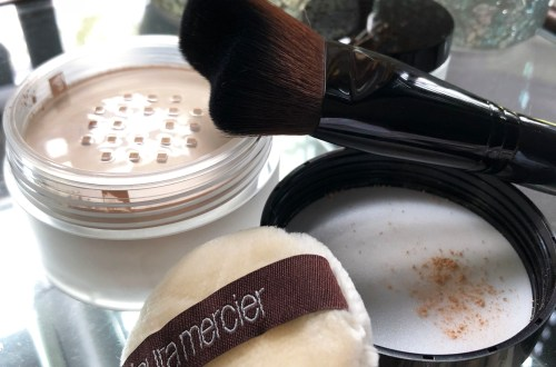 Laura Mercier Translucent Powder + brush