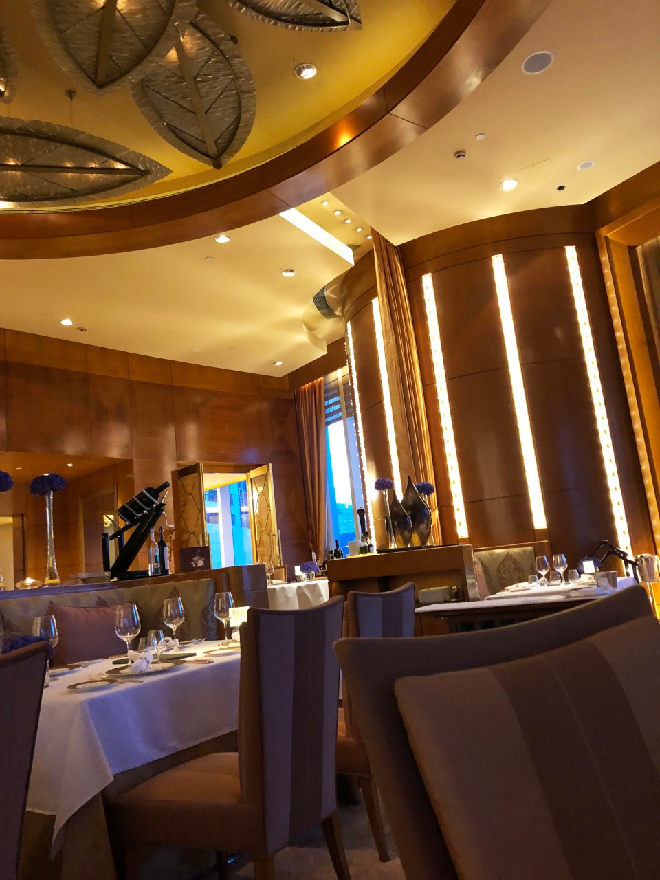 Nicholini's - Conrad Hotel 1