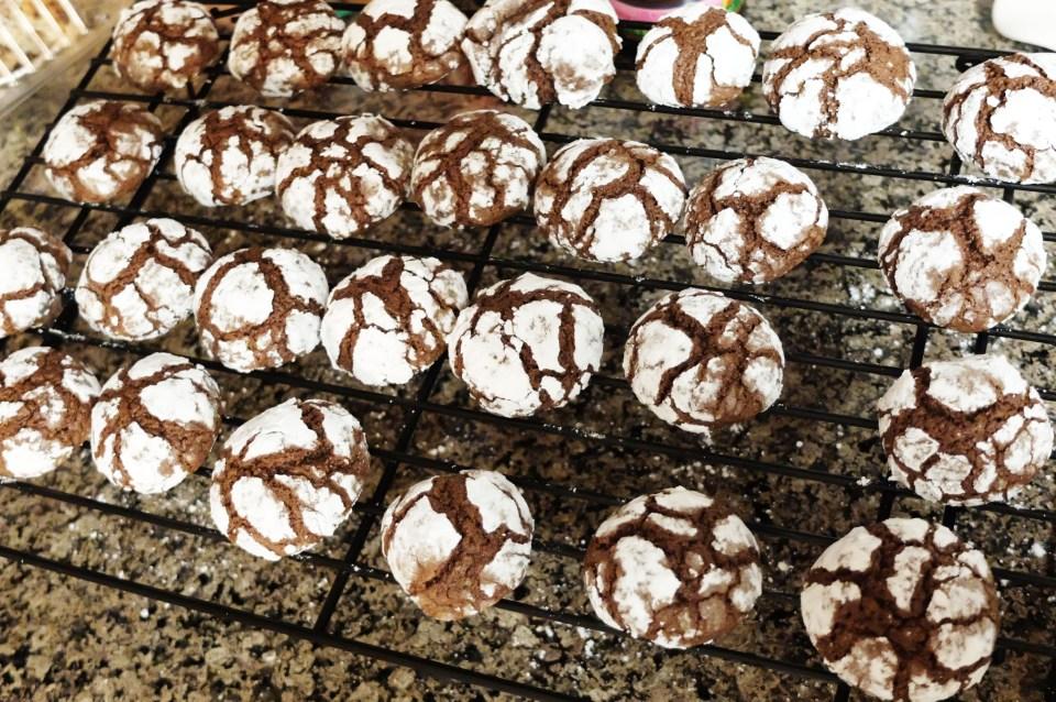 Cocoa Crinkle Cookies 4