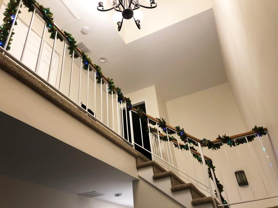 Christmas Garland + Lights 8
