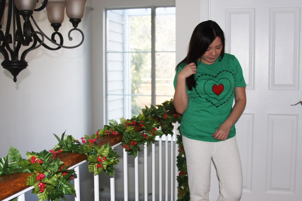 Grinch - Heart Two Sizes Too Small Tee + Teddy Leggings 10