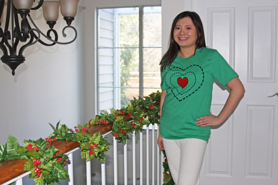 Grinch - Heart Two Sizes Too Small Tee + Teddy Leggings 11